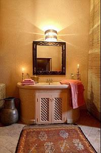 1495455273-Salle d'eau Suite Yasmina           Kasbah Talamanzou.jpg
