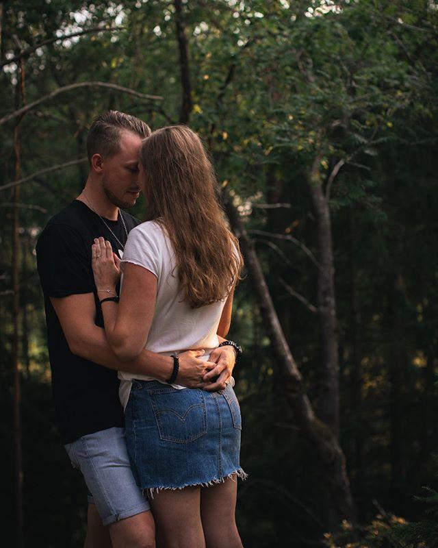 Hej jag heter Kajsa Stina och jag längtar lite till den 10:e augusti för då ska jag fota hela bröllopsdagen med dessa två kära personer. Slut på meddelande 🙌🏼😭😍❤️ . . . . #bröllopsfotograf #bröllop #fotografstockholm #bröllopvärmdö #bröllopstockholm #vågaföljadrömmen
