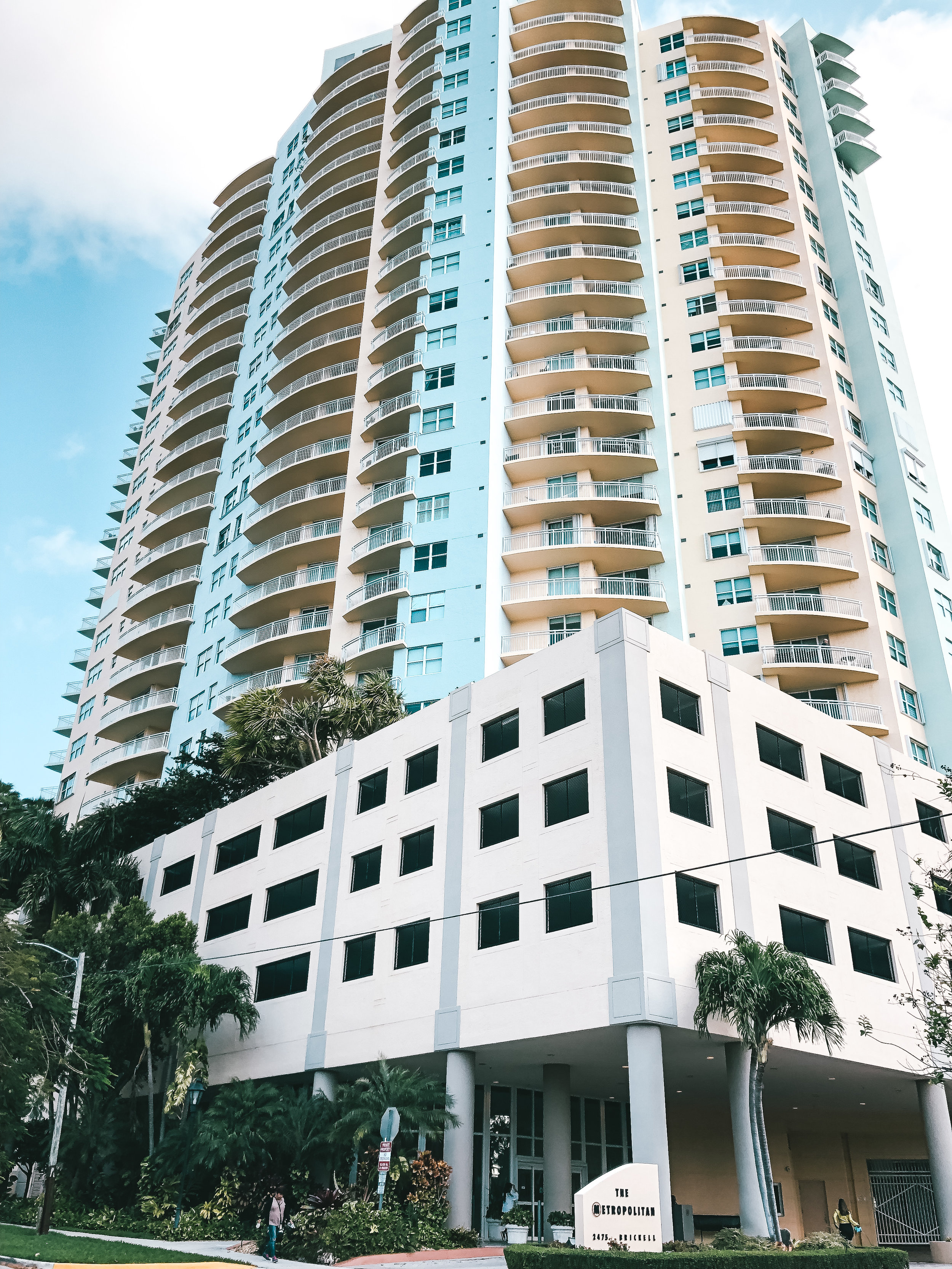 The Metropolitan - Address: 2475 Brickell Ave., Miami, FL 33129Number of Units: 198Info: Ernesto Cuesta, President | Diana Puentes, Property Manager