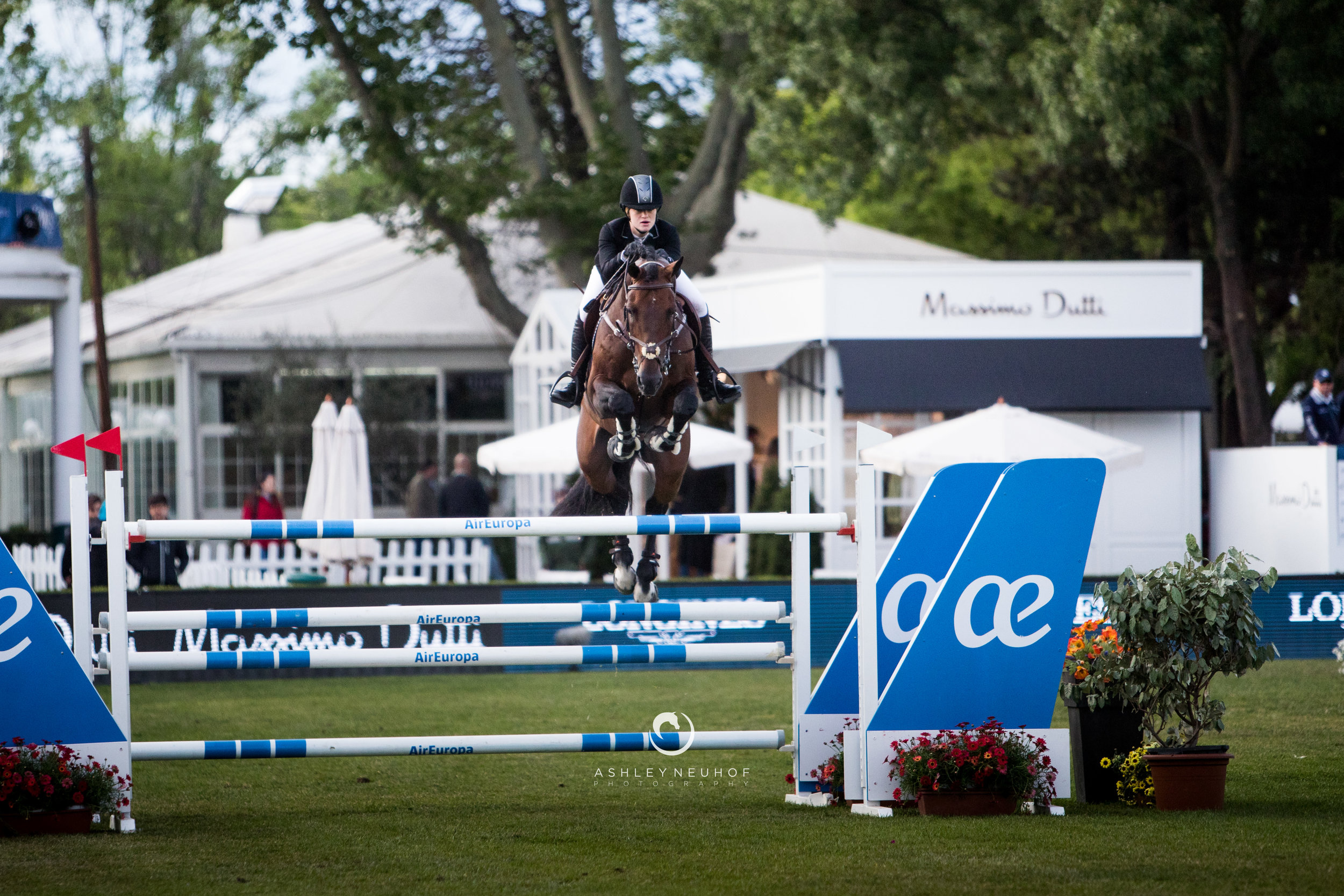 Jenn Gates and Capital Colnardo at Longines Global Champions Tour of Madrid 2019. Photo by Ashley Neuhof Photography.