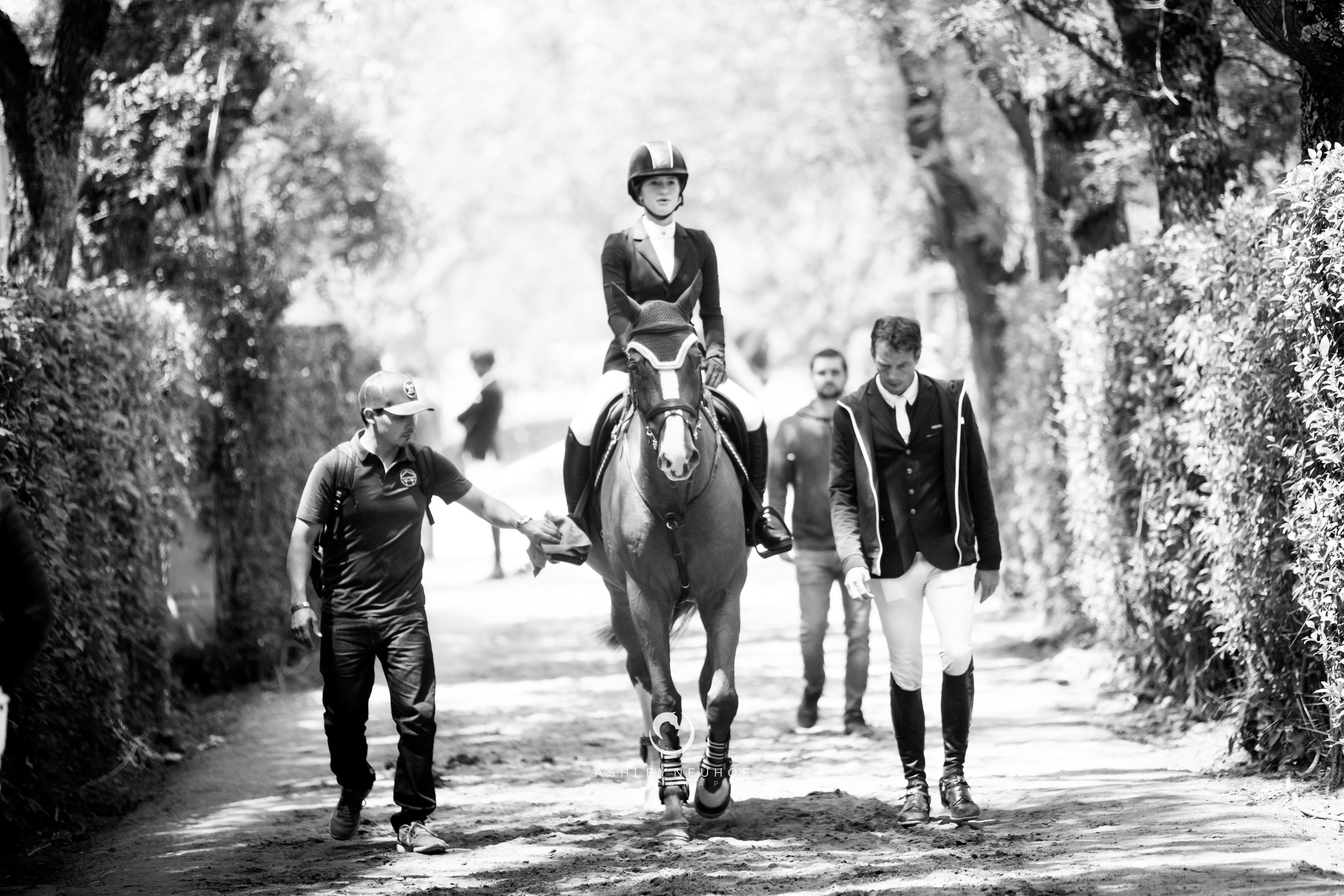 Jenn Gates and Oaks Redwood and the Evergate Stables Team at Longines Global Champions Tour of Madrid 2019. Photo by Ashley Neuhof Photography.