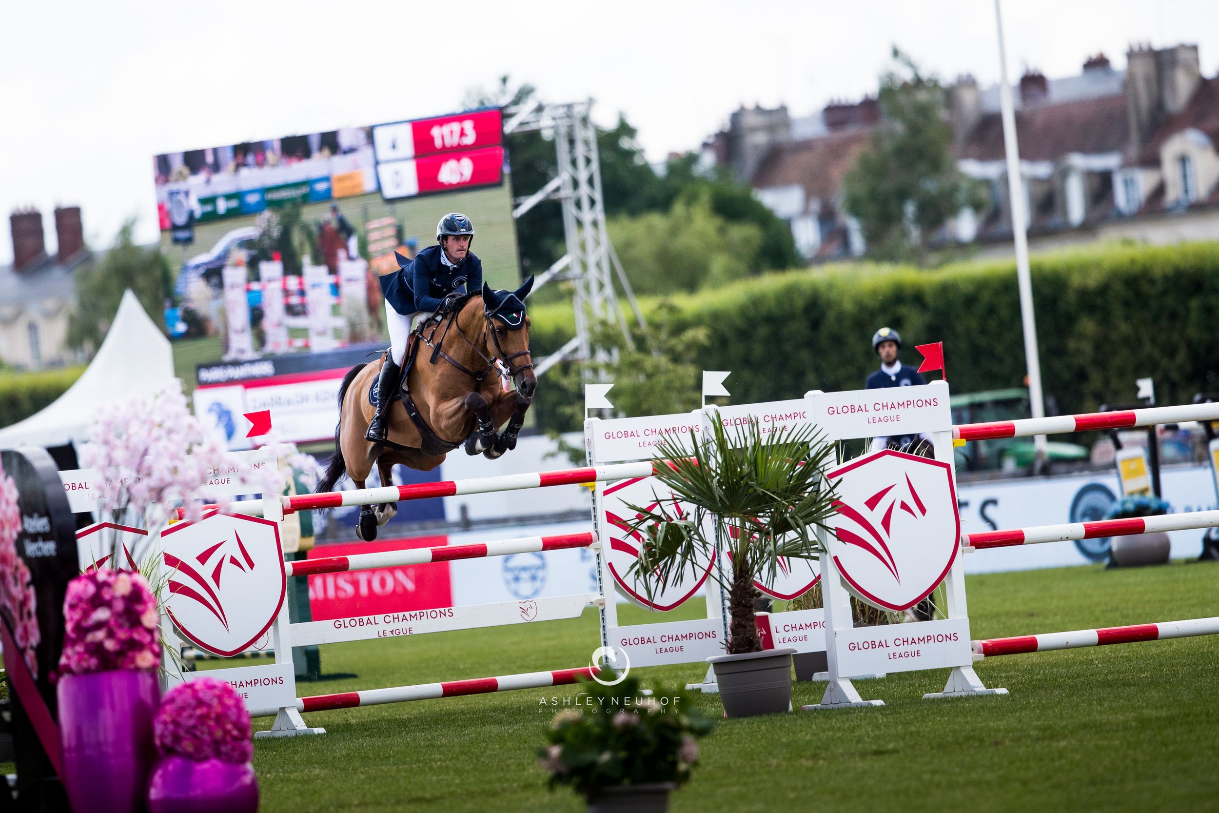 Darragh Kenny and Romeo at Global Champions League of Chantilly 2019. Photo by Ashley Neuhof Photography.