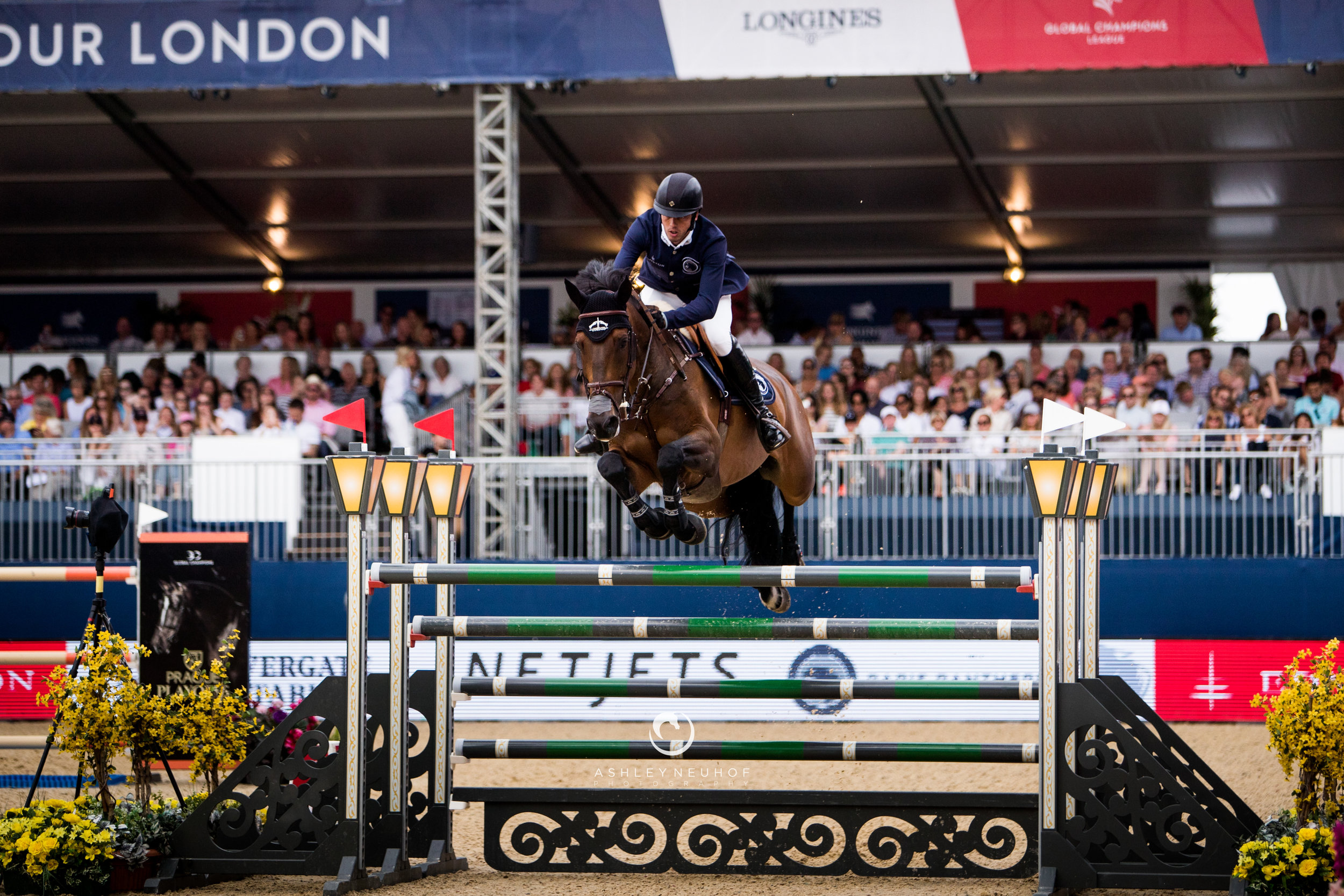 Harrie Smolders and Cas 2 at Global Champions League of London 2019. Photo by Ashley Neuhof Photography.