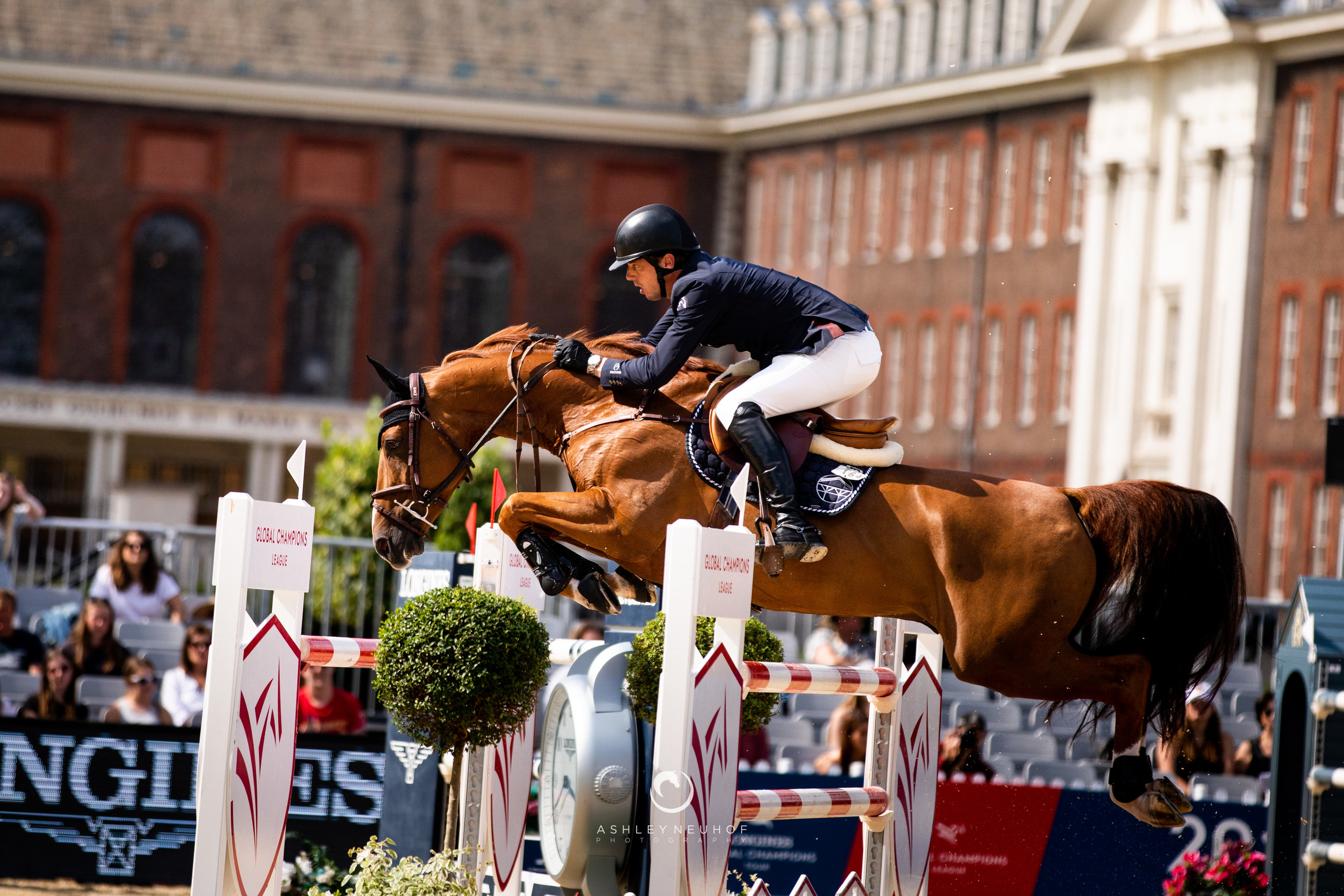 Harrie Smolders and Hocus Pocus de Muze at Longines Global Champions Tour of London 2019. Photo by Ashley Neuhof Photography.