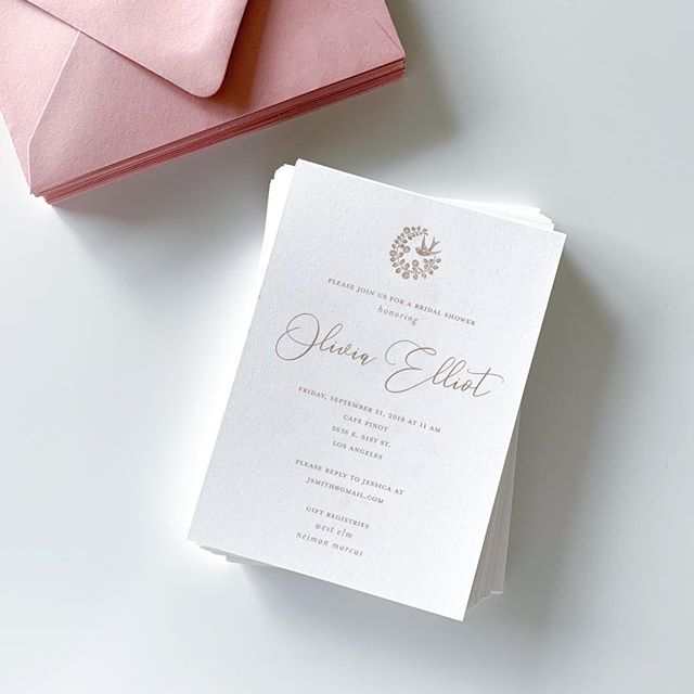 Still in love with these invites 💌 ⠀⠀ ————— ⠀⠀ #custominvitations #dustyrose #fallcolors #antiquecopper #weddinginvitations #moocards #dailydoseofpaper #theknot #paperlove #timelessinvitations #luxuryinvitations #engaged #2019bride #stylemepretty #lerose #bridalshower #bridalshowerinvitation #ihavethisthingwithpink #waxseals #waxsealstamp #weddingdetails #marthaweddings #katherinejezekdesign #calledtobecreative #paperie #paperlove