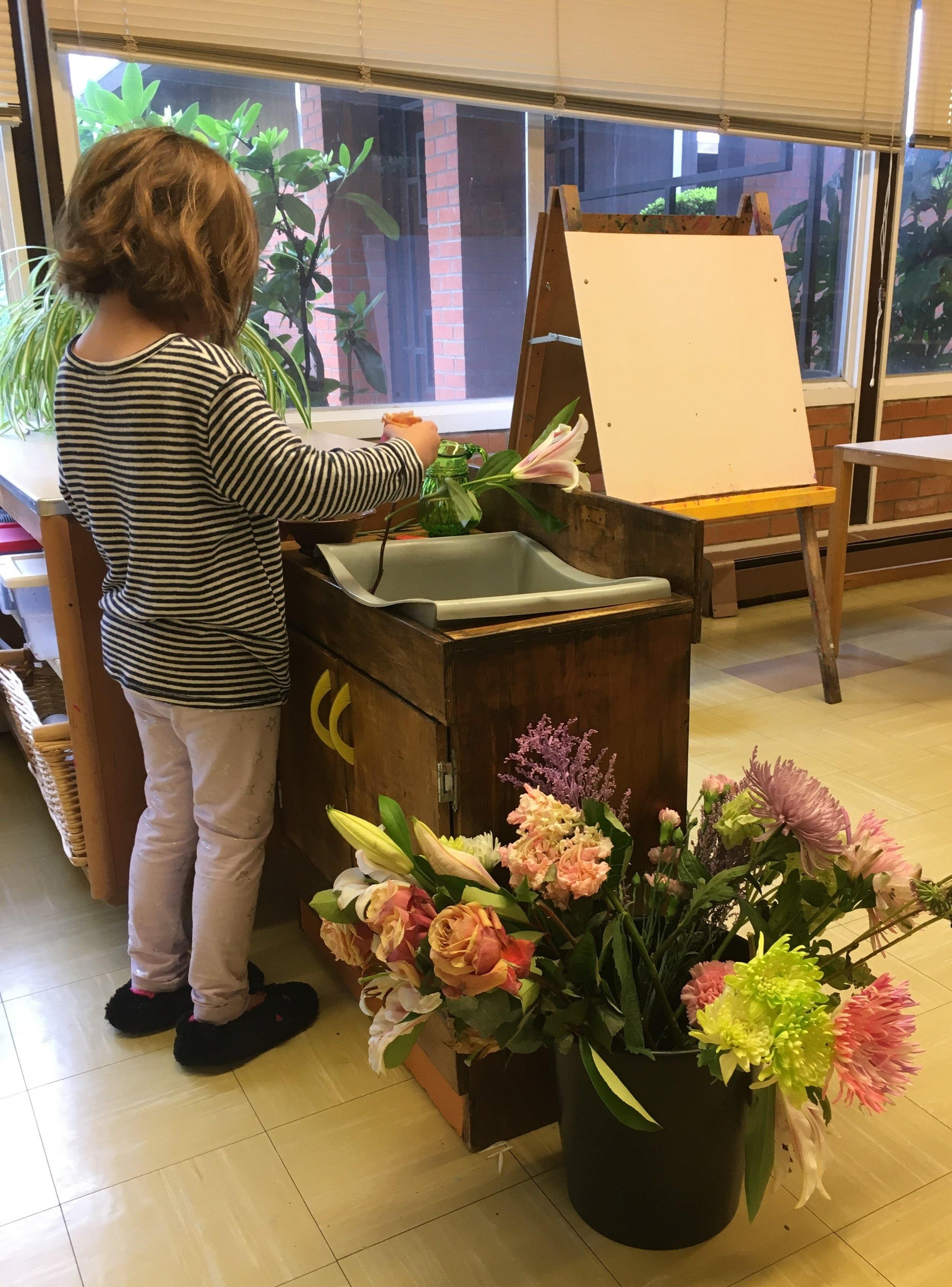 Practical Life : Flower Arranging