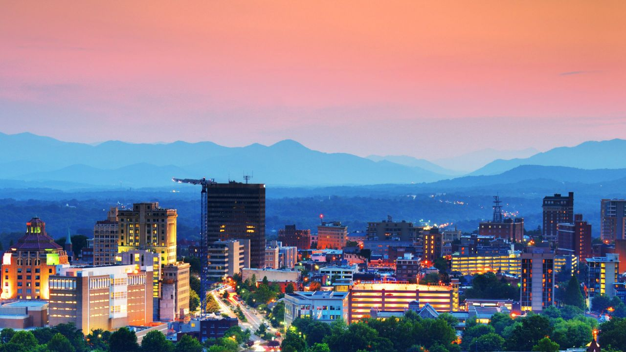 Hyatt-Place-Asheville-Downtown-P001-City-Night.adapt.16x9.1280.720.jpg