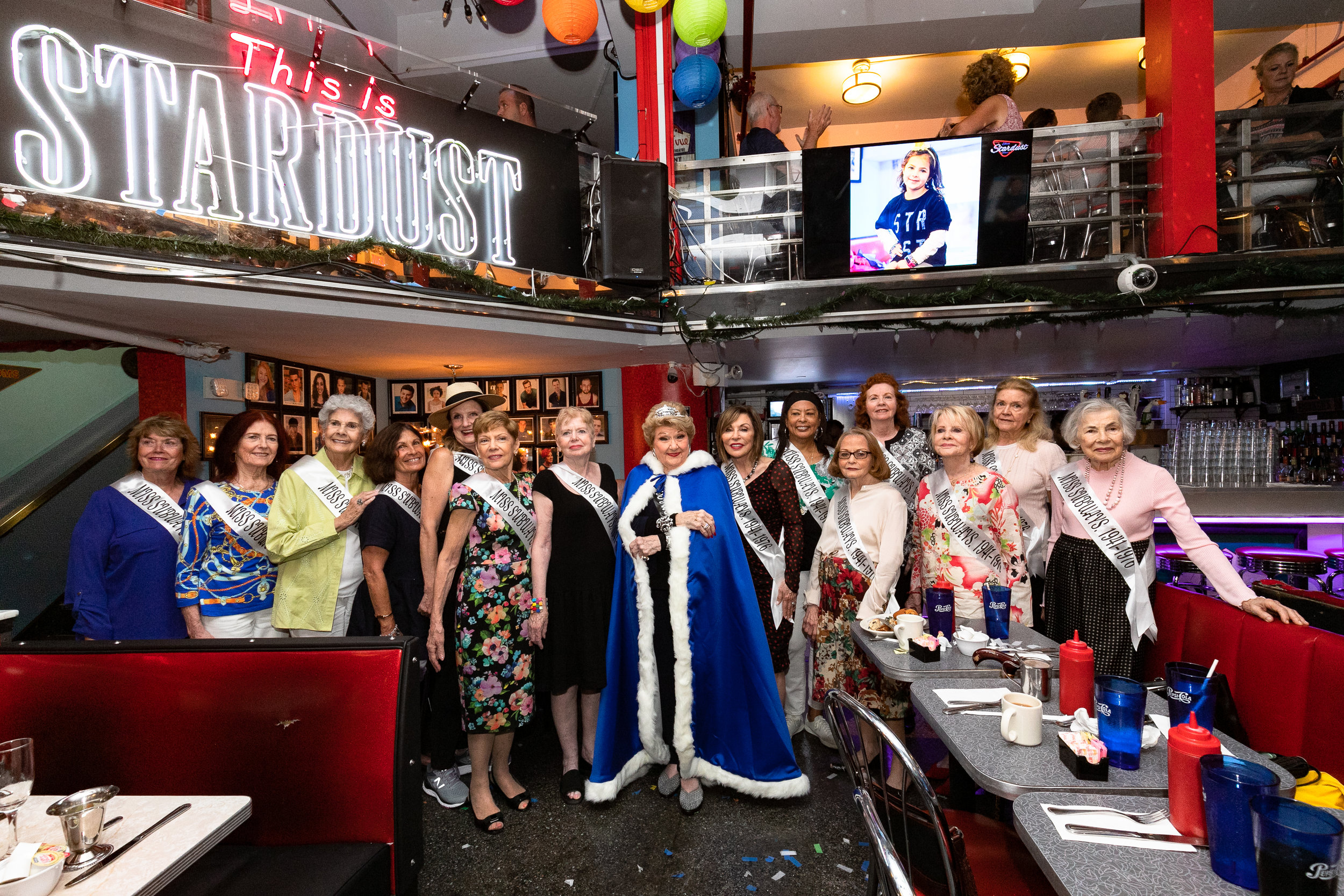 Marilyn Maye  was made an Honorary Miss Subway as the Ladies of New York City's very own beauty contest (1941 - 1976) celebrated with a Reunion at Ellen's Stardust Diner hosted by owner Ellen Hart (Miss Subway 1959). All of these wonderful women are absolute proof that Beauty is Ageless!