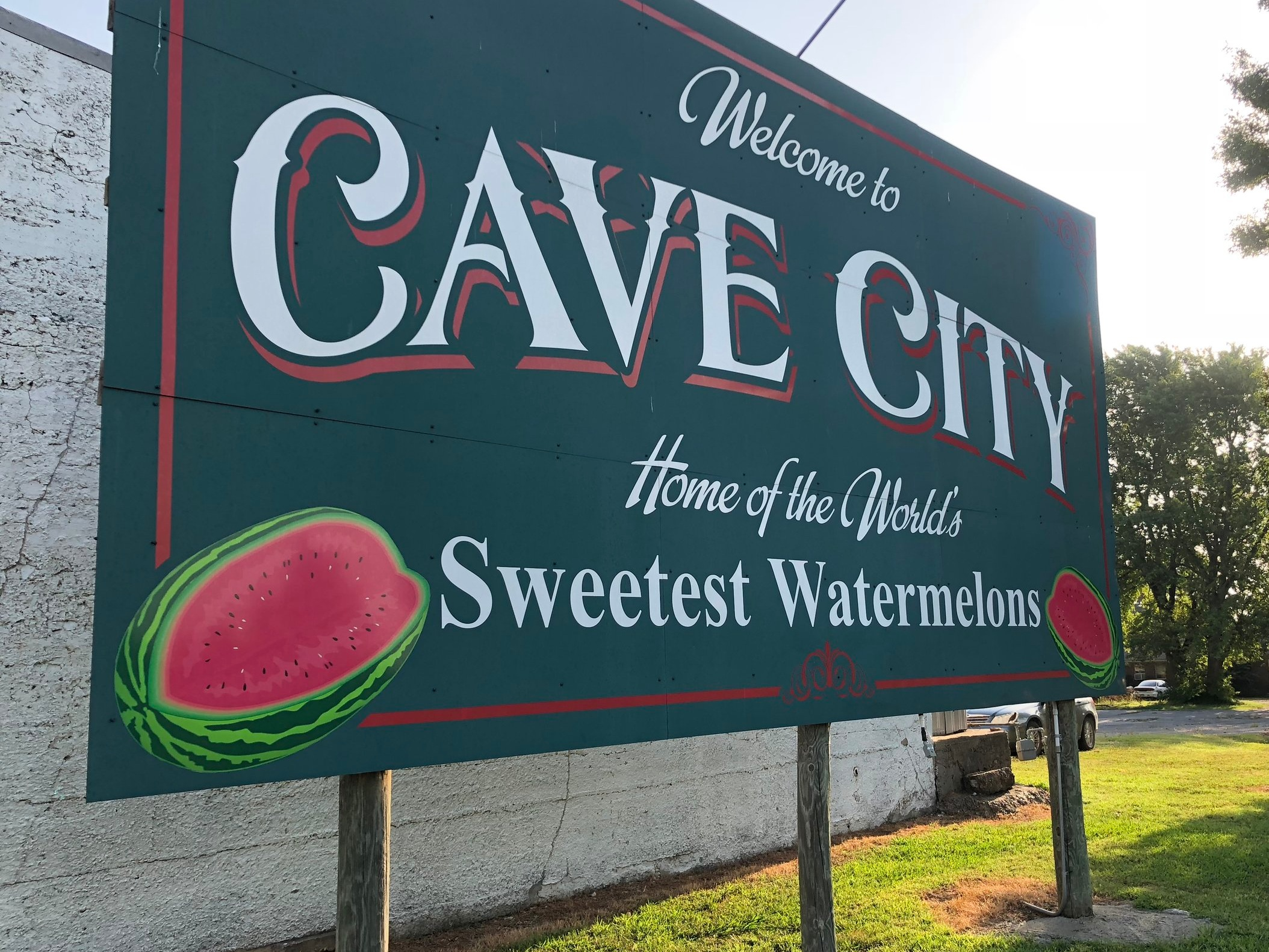 welcome-to-cave-city-sign.JPG
