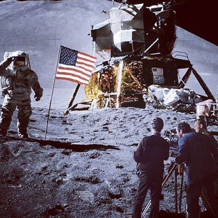 """This week we welcome special guest @jesse_j_pattinson - Melbourne musician and guitarist🎸for The Delta Riggs @thedeltariggs -  to the pod to wax lyrical on The Moon Landing🌝? On July 20, 1969, TVs across the globe broadcast footage 📽from 384,400km away showing American astronauts Neil Armstrong and Edwin """"Buzz"""" Aldrin appearing to land on the Moon. Ever since then, a debate has raged as to whether or not this occurred the way NASA says it did🤔Two opposing views collide over a few beers🍻 in this spaced-out episode for the ages🚀link in description🚀"""