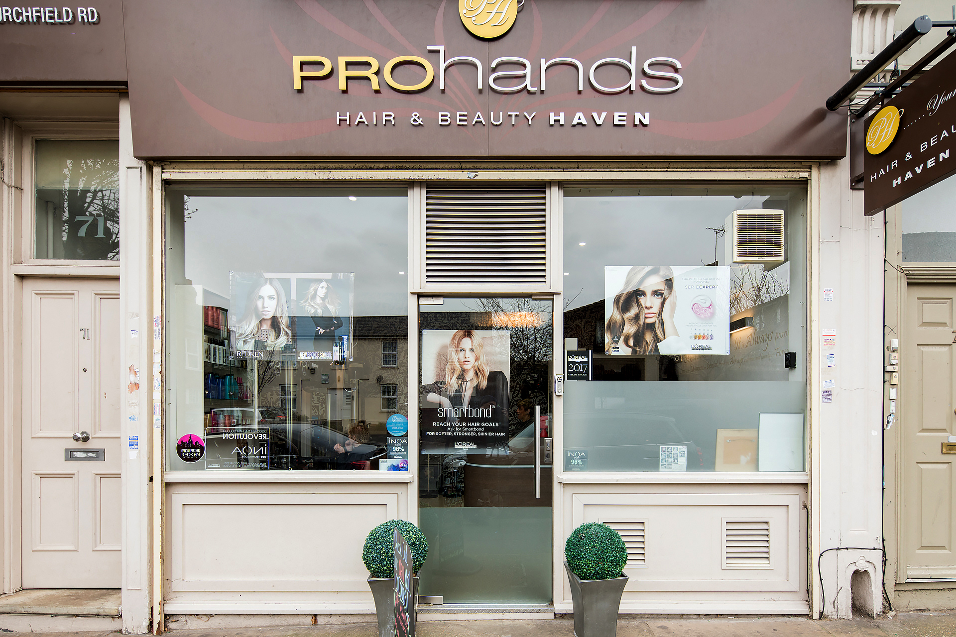 Openingtimes. - ProHands HAIR Haven To book an appointment please call:0208 992 2616 Monday: 9.30am - 7pm Tuesday: 9.30am - 7pm Wednesday: 9.30am - 7pm Thursday: 9.30am - 7pm Friday: 9.30am - 7pm Saturday: 9.30am - 7pmProHands BEAUTY Haven To book an appointment please call:0208 992 2110 Monday: CLOSED Tuesday: 10am - 8pm Wednesday: 10am - 7pm Thursday: 10am - 7pm Friday: 10am - 6pm Saturday: 10am - 4pm