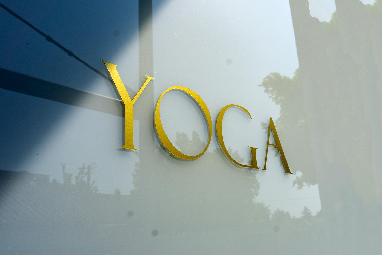 Ayurveed-Yoga-Tuer.jpg