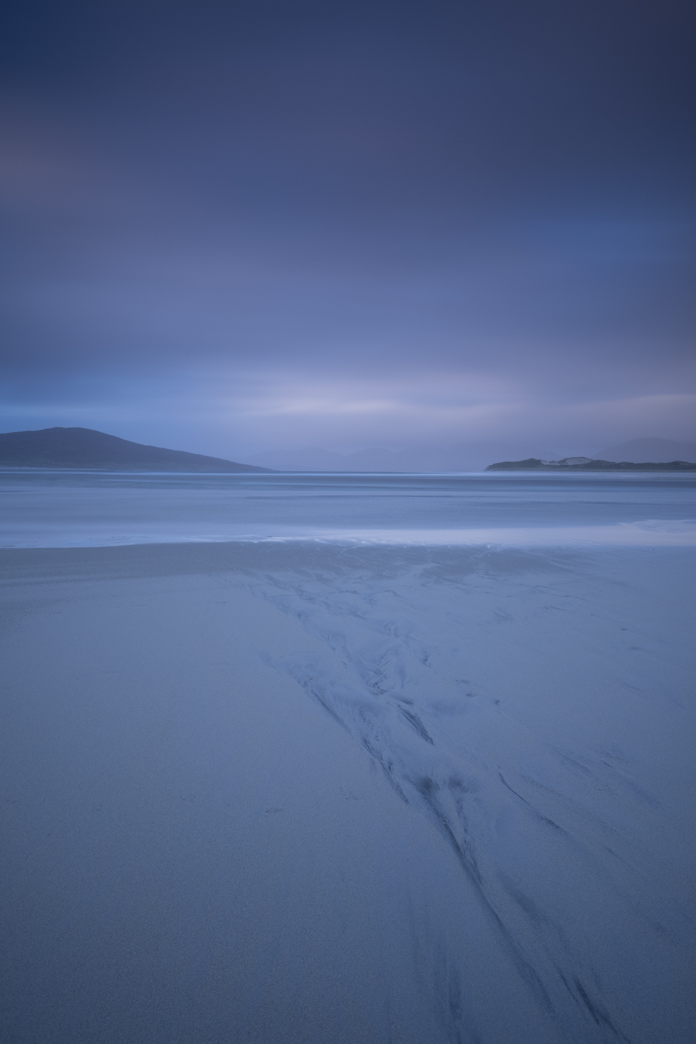 Seilebost, Isle of Harris with 0.9 soft ND Grad and Big Stopper. RAW file.