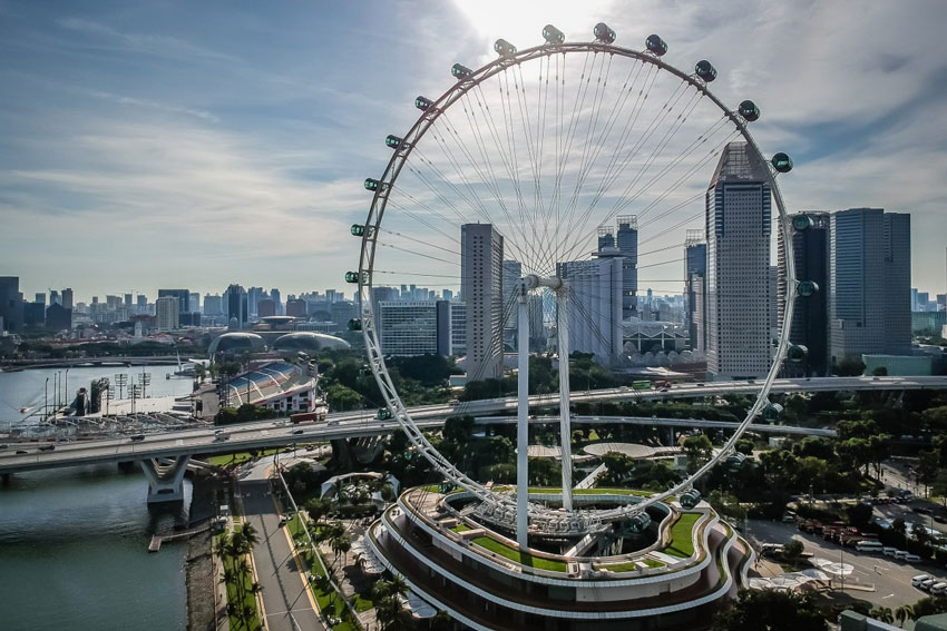 Singapore Flyer - A ride on the Singapore Flyer can easily be added to any of our private customised tours. It is a fabulous way to see the city. Rides last approximately 30 minutes and cost US$25 for adults and US$16 for children aged 12 years and under.For more information click here.
