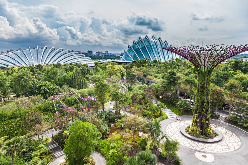 Gardens by the Bay - If you are taking a full day tour we suggest a visit. Double conservatory tickets are US$23 and US$13 for children aged 12 years and under. If you have more days or are taking a half day tour we suggest that you enjoy this attraction in your own time.For more information click here.