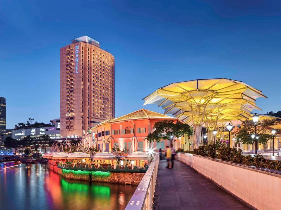 Novotel Singapore Clarke Quay (High-End)