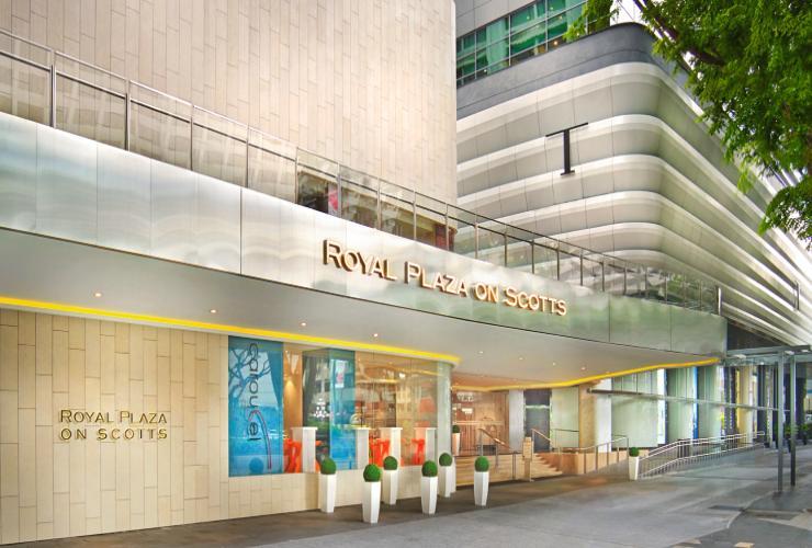 Royal Plaza on Scotts (Mid-Range)