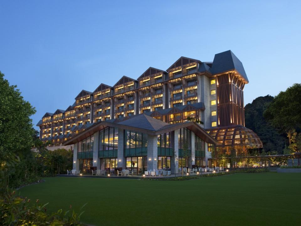 Equarius Hotel (High-End)