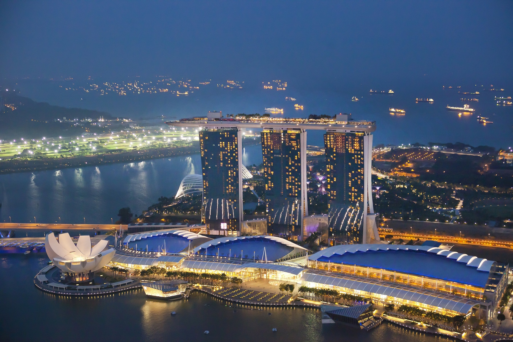 plan your itinerary on your private tours singapore