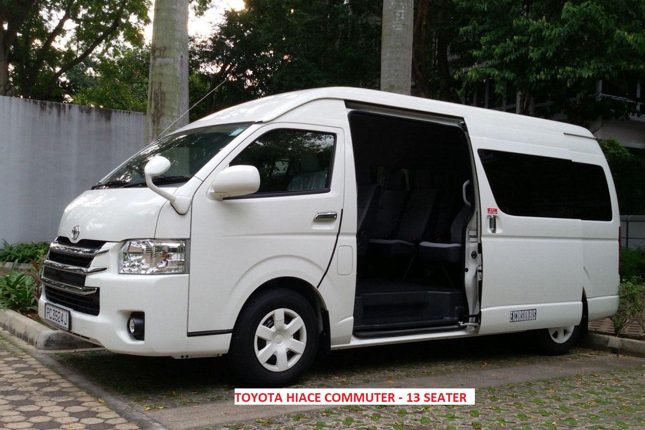 Book a Singapore tour bus to explore Singapore