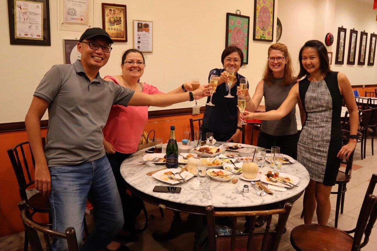 hello-singapore-tours-team-2.jpg