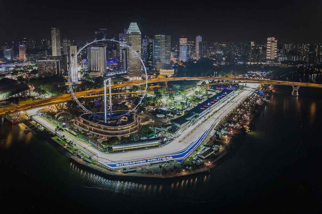 Singapore Night race (cto motorsportstravel)
