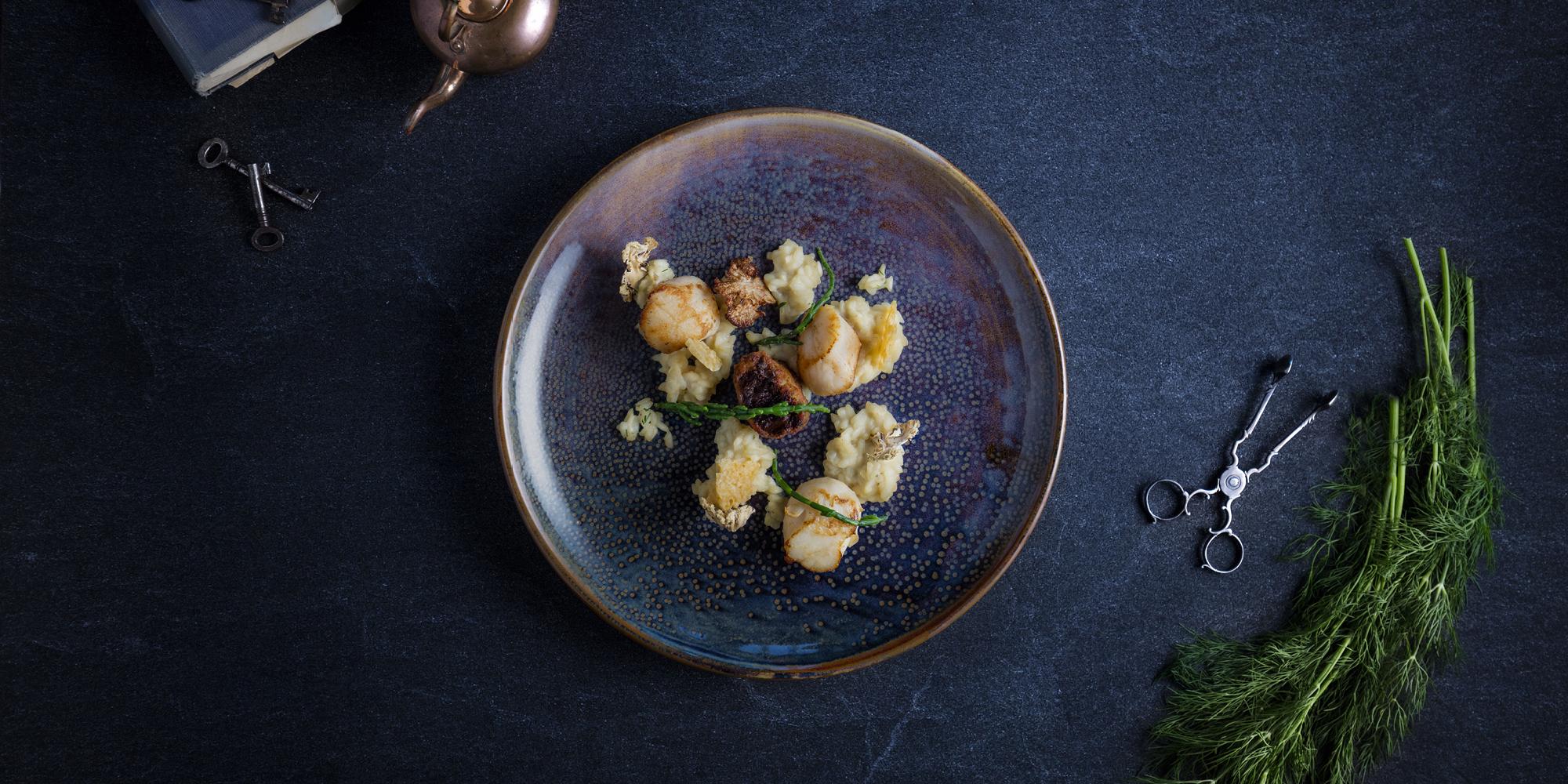 The Grahamston I Scottish Scallops served with cauliflower cheese risotto, crisp pigs cheek and samphire