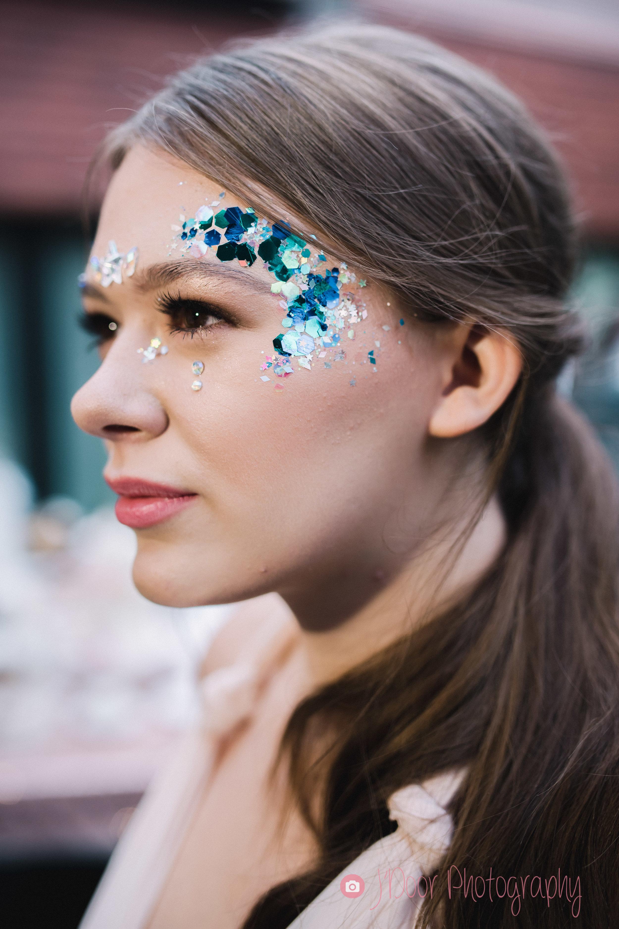 Makeup & Glitter by Toni at Glamavan
