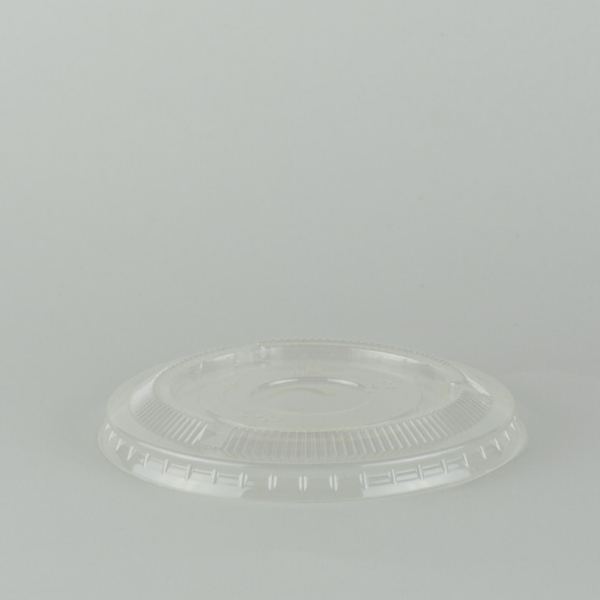 Tapa plana transparente de PLA 96mm con ranura para sorbito, encaja en vaso estándar.