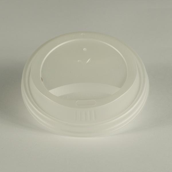 Tapa blanca de CPLA para bebidas clientes, encaja en vasos de 8oz (240ml) .