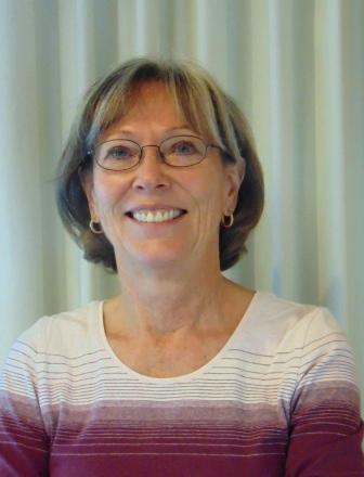 Carolyn website Bio photo.jpg