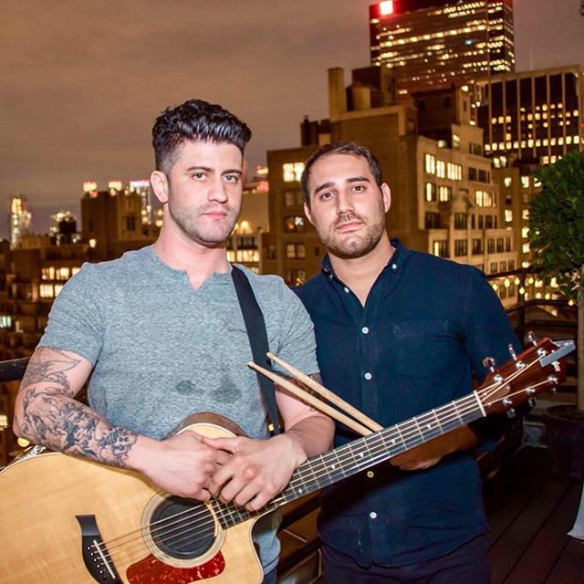 Friday Night Live In Weehawken Tonight!! We've Got Another Special Performance By A Day In The Life! 9PM-12AM  www.houseofque.com -  #Fridaynight #Friday #Cocktails  #hobokenmusic #livemusic #ThirstyThursday #HouseofQue #HOQ #Weehawken #NJ #NJFoodie #Foodie #SportsBar #BarLife #Sports #Bar #BarScene