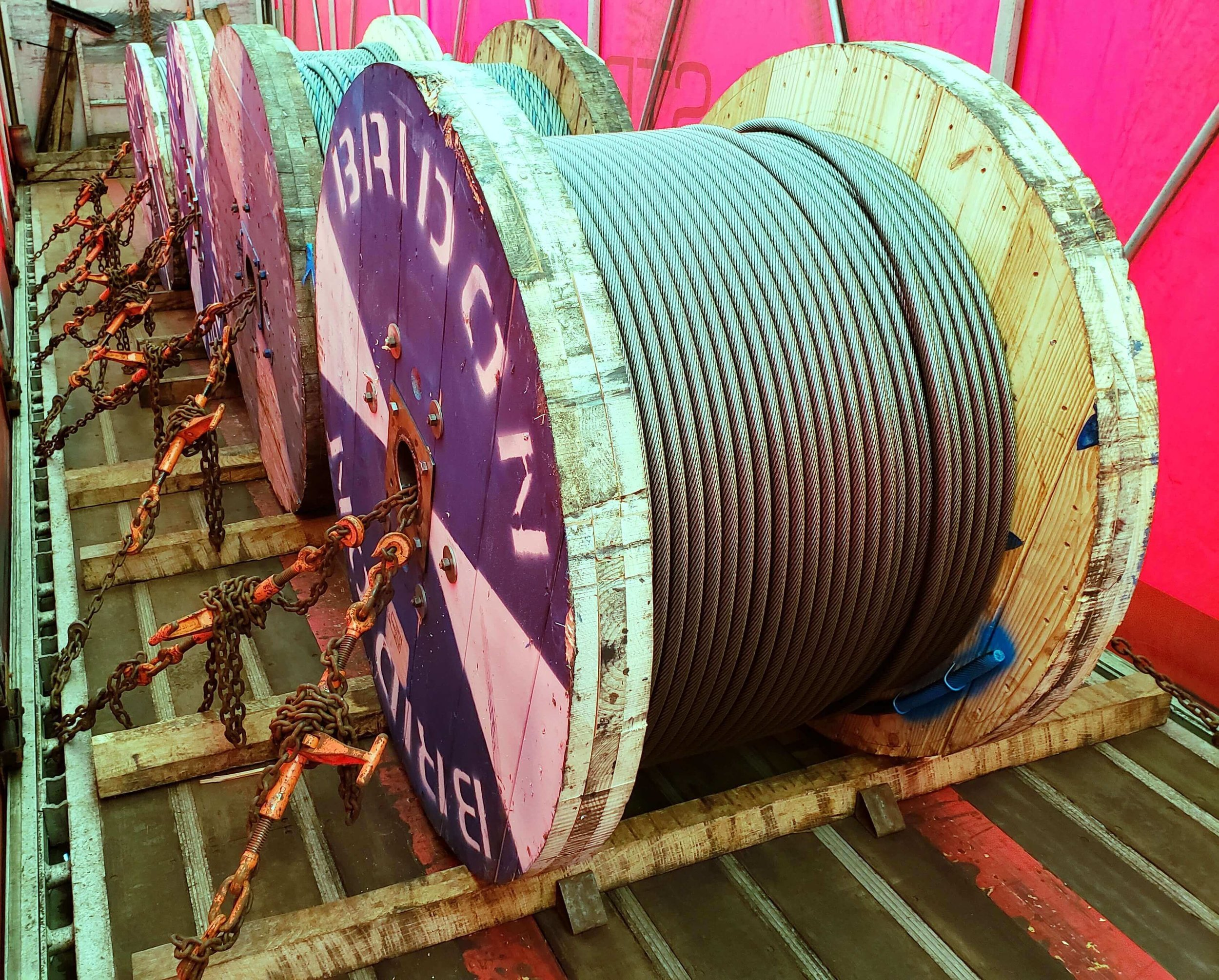 C-6:  Spools are secured similar to standing coils.