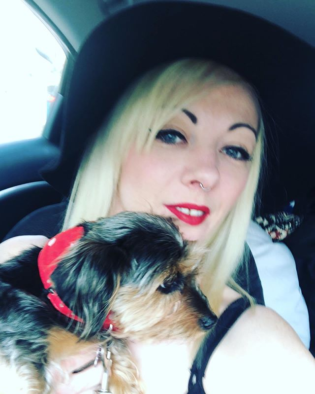 Today's accessory- my dog and her collar that matches my lipstick 💄🖤❤️ (yes it's on purpose 😂) get a chance for the hat to have an outing too! . . . . . #personalstylist #imageconsultant #ootd #outfitinspiration #dog #daschund #yorkshireterrier #dorkie #crossbreed #ilovemydog #red #dayout #summer #hat #redlips #instagood #instafashion #yorkuk #yorkshirefashion #yorkshirebusiness