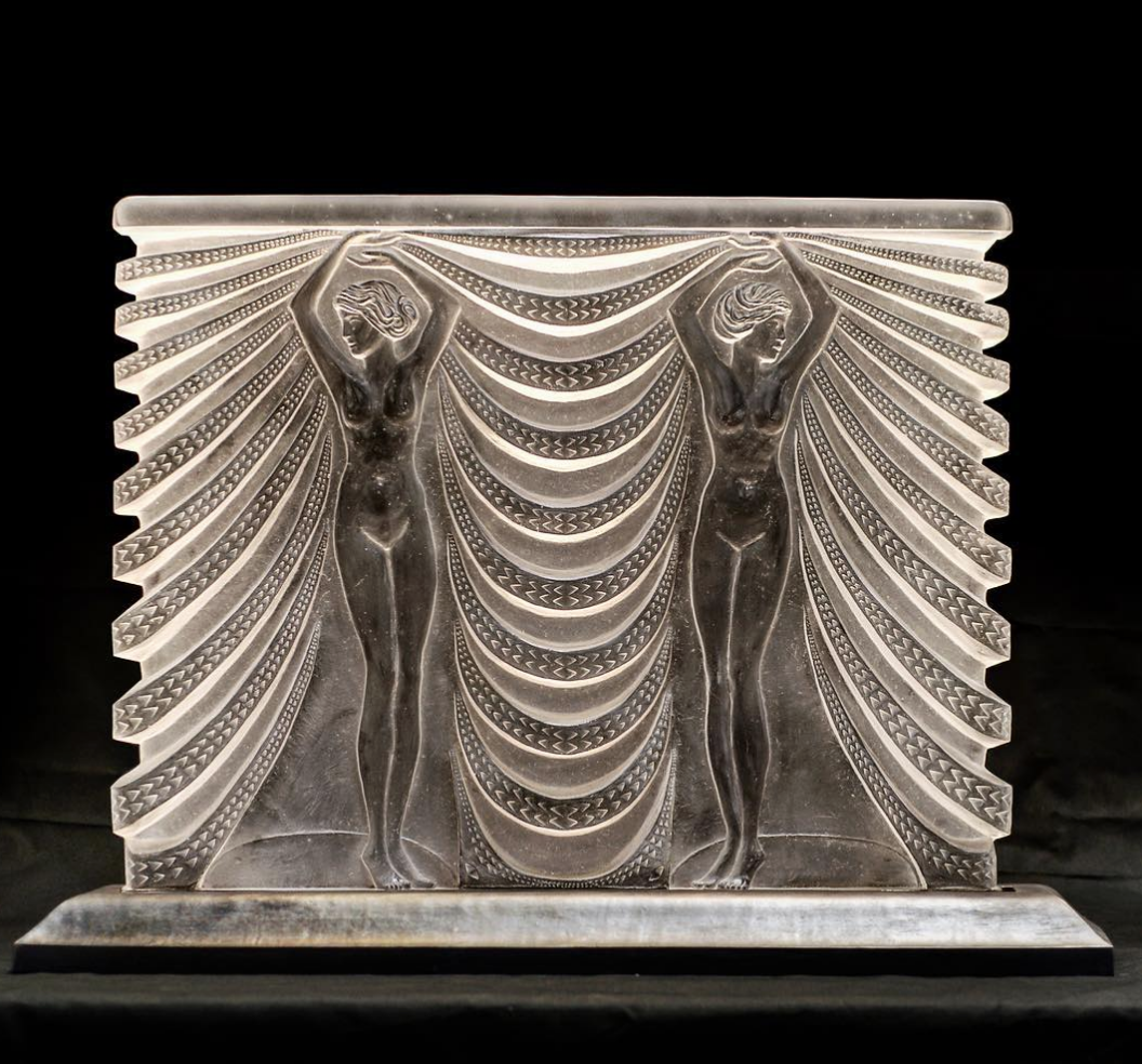 Custom leaded crystal fireplace cover (approximately 3' x 4') modeled after a Lalique vase design. Fabricated in collaboration with  True Form Productions .