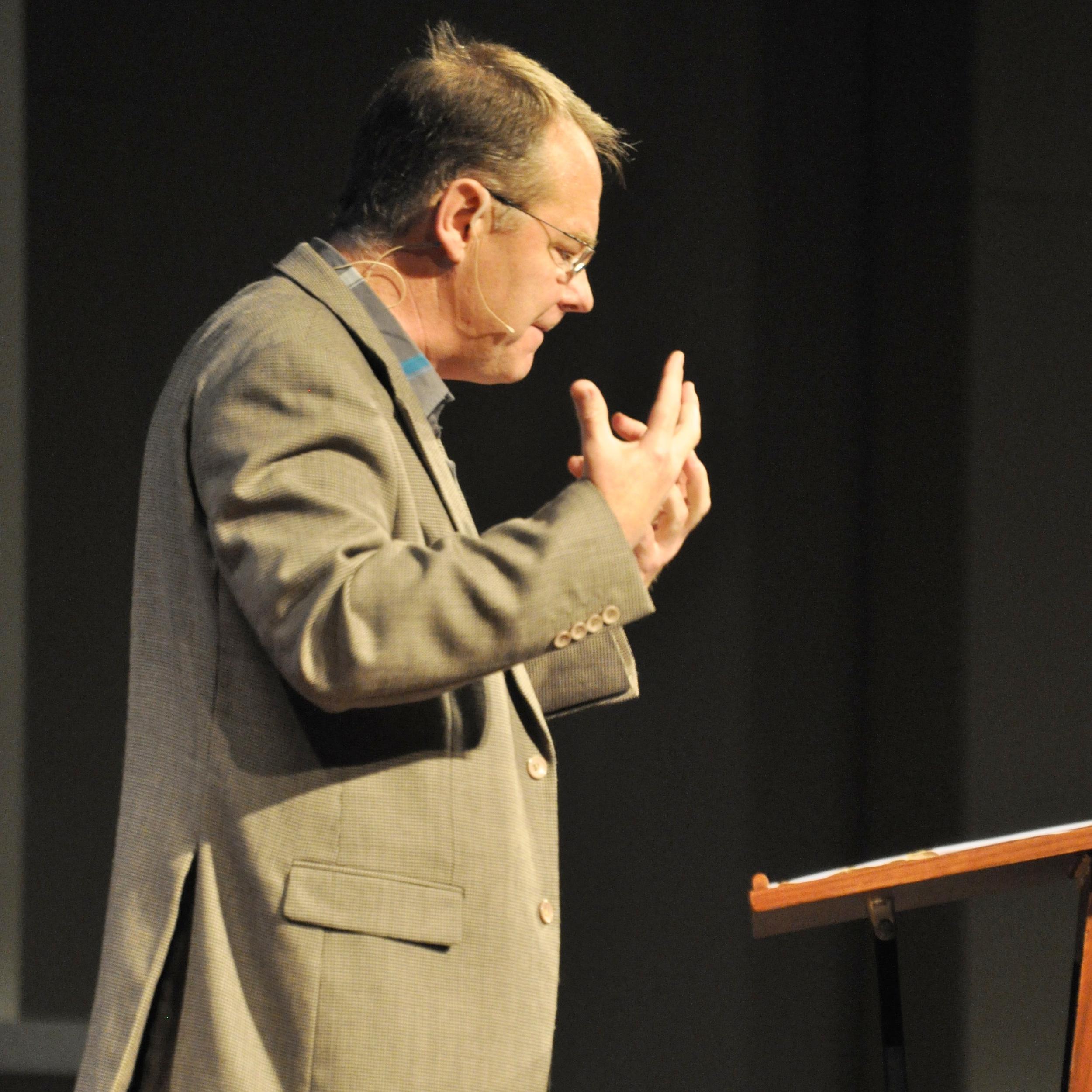 Ross Hastings 2010.JPG