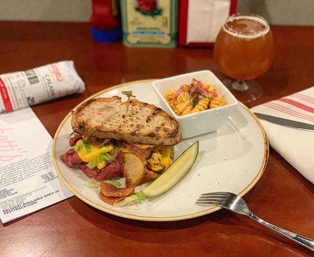 Mmmm bologna. Not your moms - better. 🥪♥️ • • • #bonappetit #foodandwine #beardfoundation #bestfoodindianapolis #bologna #beefcotto #pastasalad #dillpickle #delicatessen #restaurant #turchettissalumeria #eater #zagat #semolinabread #bolognasandwich #americancheese #mustard #tomatomayo #sandwich