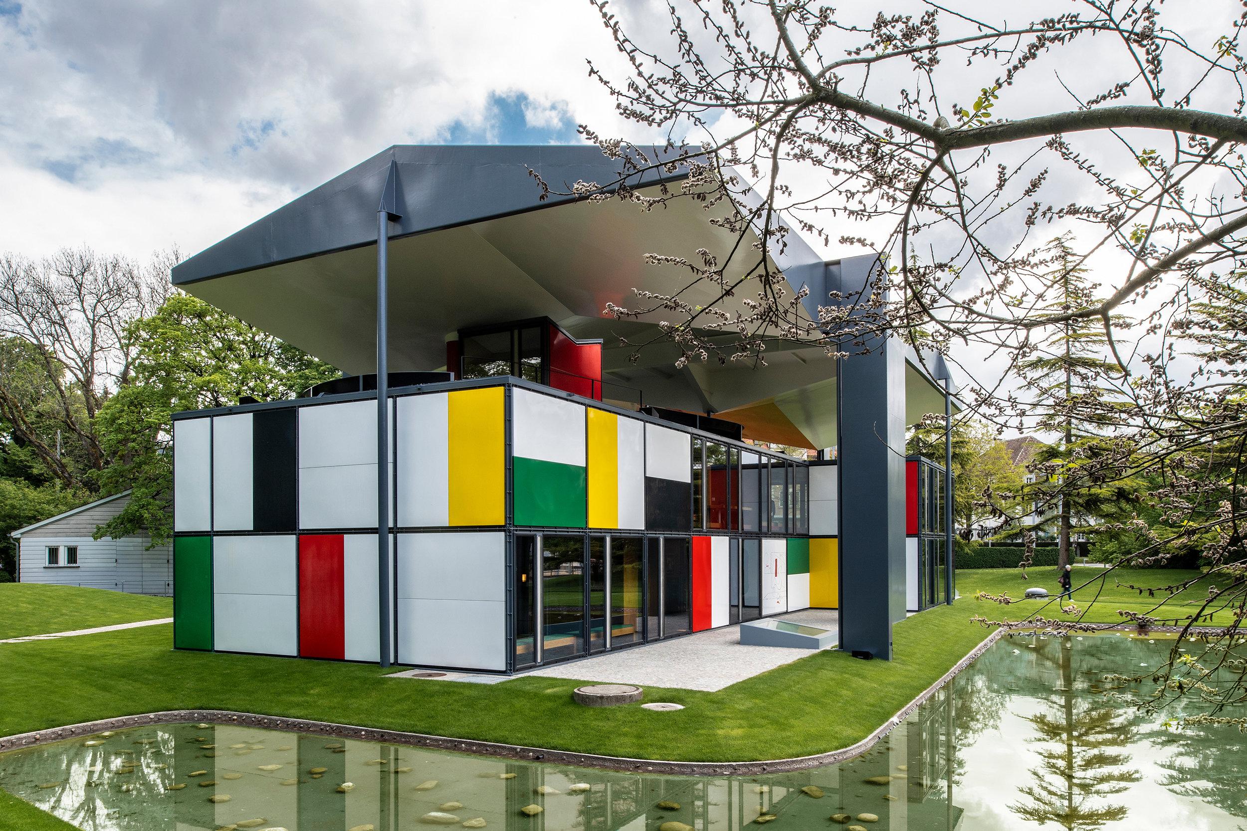 04_Pavillon Le Corbusier.jpg