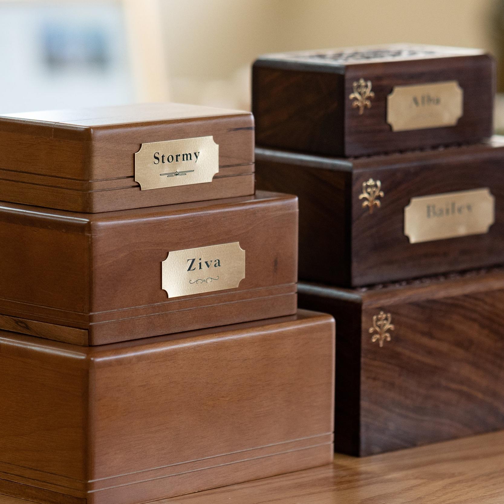 mahogany urn