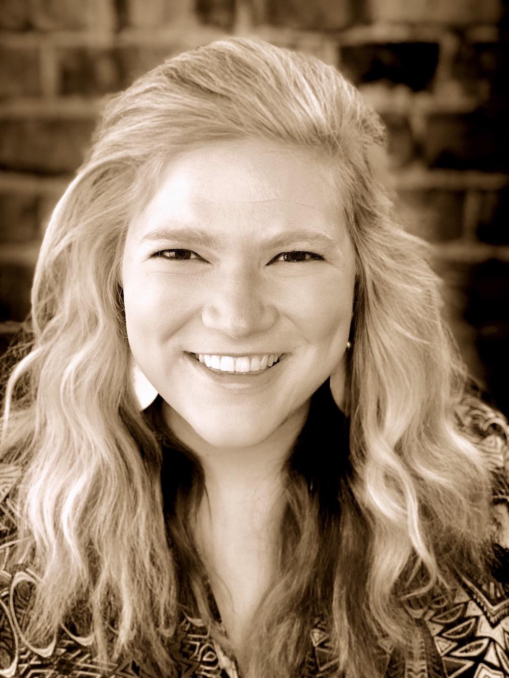Sarah Anne Elliott   Content and Customer Experience Developer
