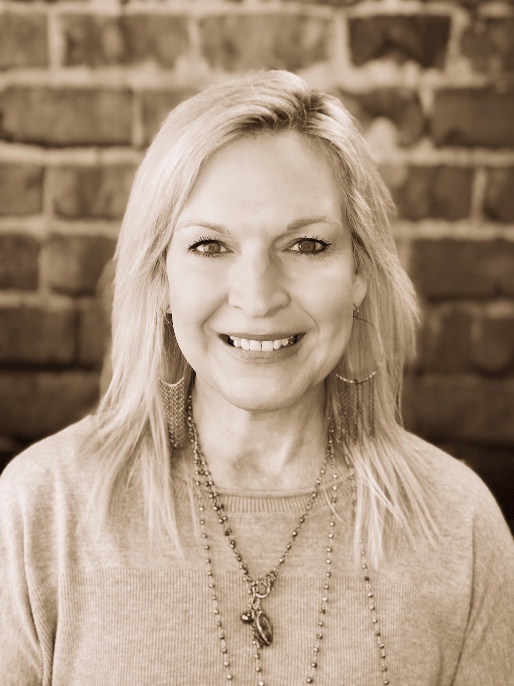 Julie Kauffman   Editor