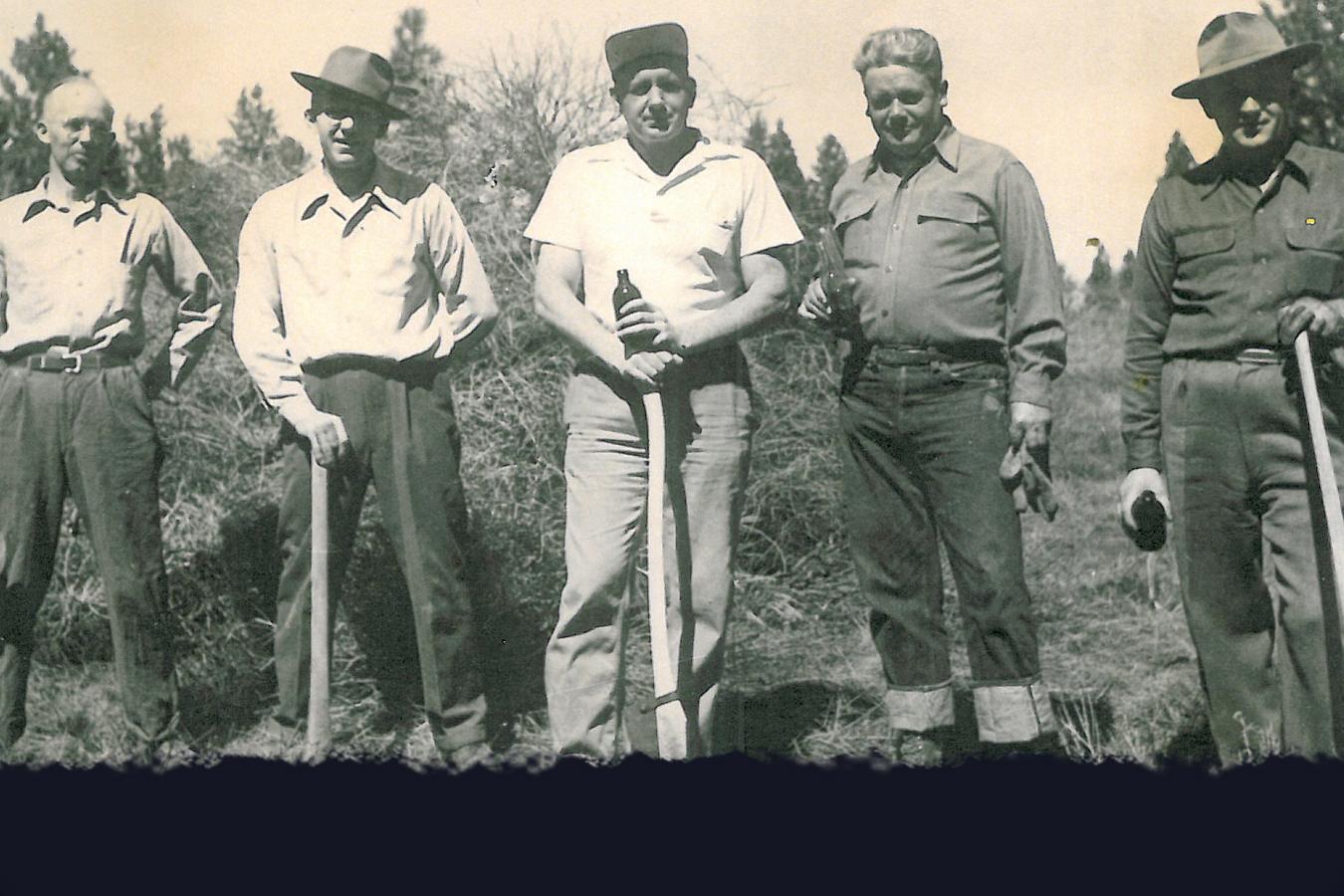During WWII when manpower was short, members took care of the maintenance themselves and voted to allow jeans on the course, so they could play after work. Jeans have been allowed ever since.