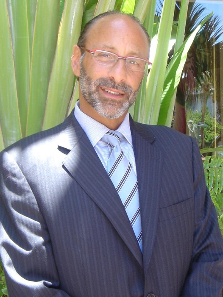 Dr. Eric S. Studley Headshot.jpg