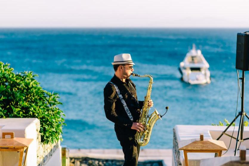 style me pretty - Pulm Mykonose saarel.