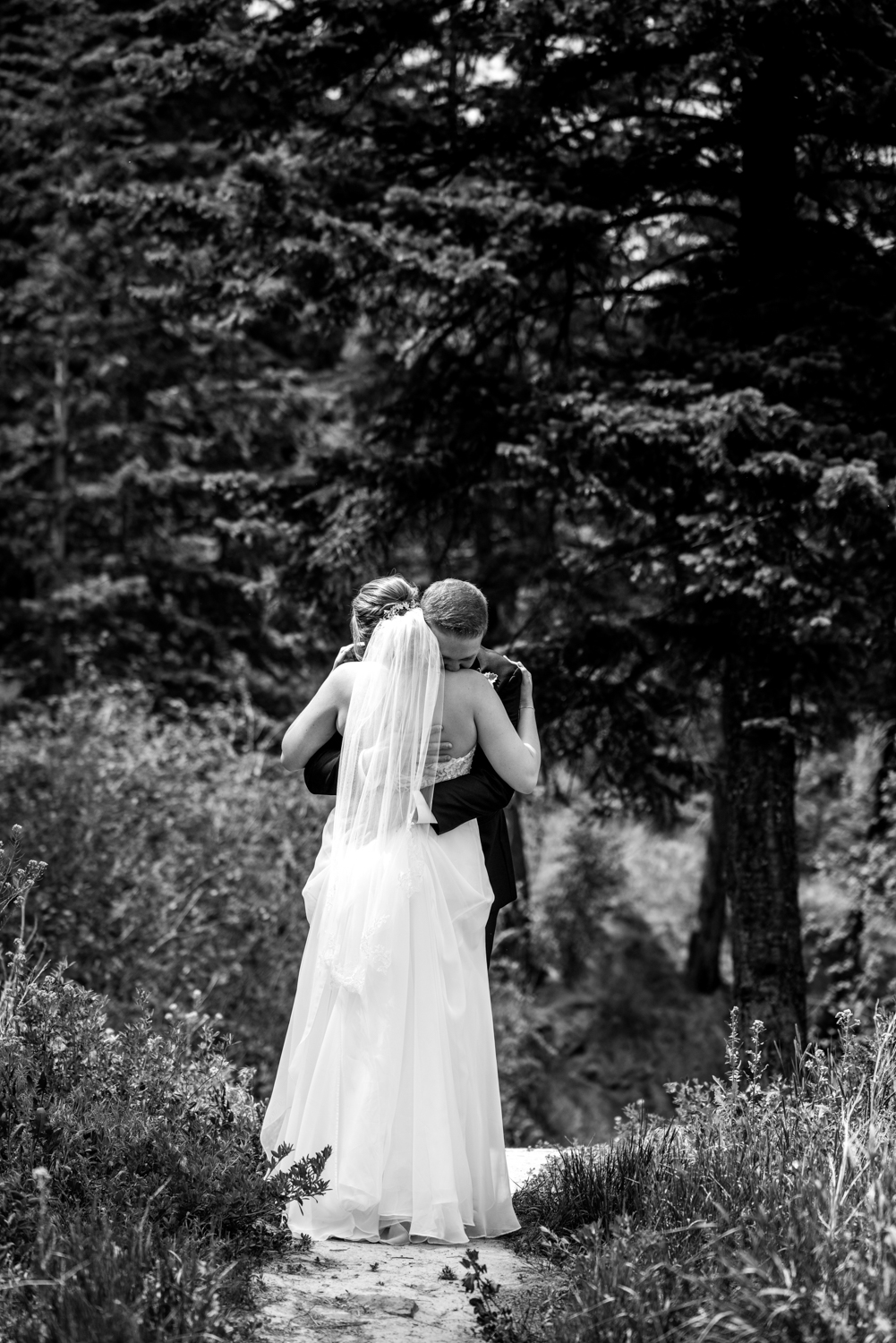 Downtown-Kamloops-Wedding-26.jpg