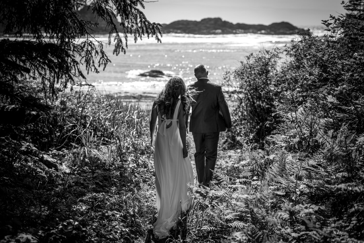 Ucluelet-Wya-Point-Wedding-Owen-Imaging-26.jpg