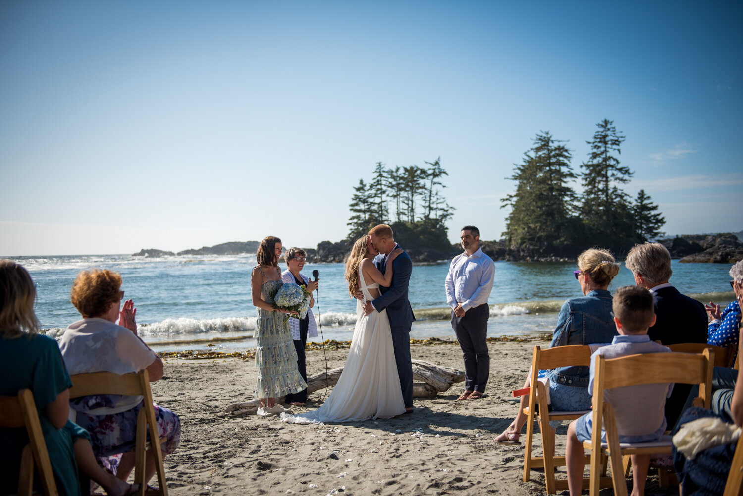 Ucluelet-Wya-Point-Wedding-Owen-Imaging-40.jpg