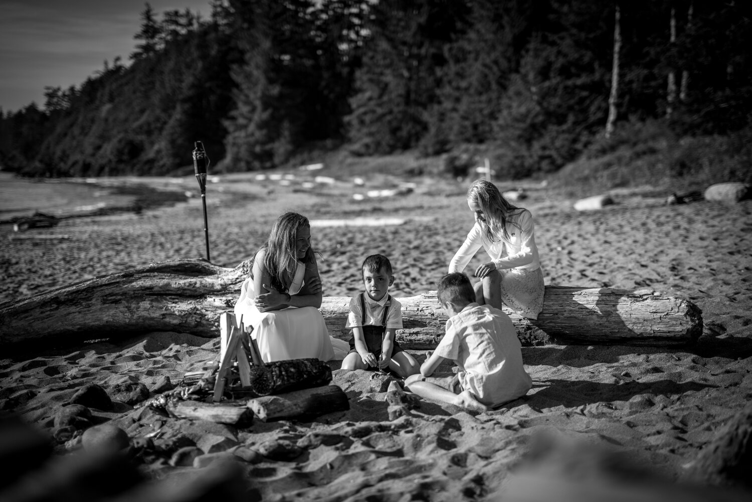Ucluelet-Wya-Point-Wedding-Owen-Imaging-46.jpg