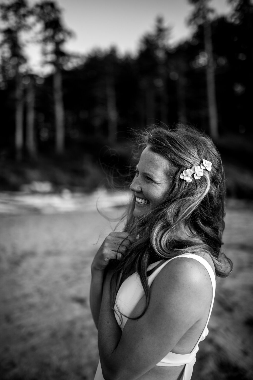 Ucluelet-Wya-Point-Wedding-Owen-Imaging-63.jpg
