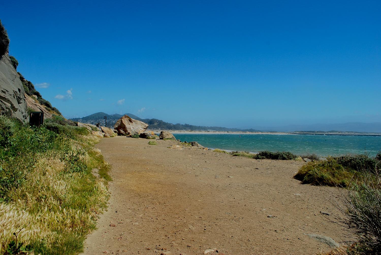 Hiking and walking on Morro Rock